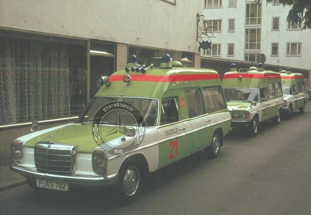 sternklassik-w115-ambulance-help